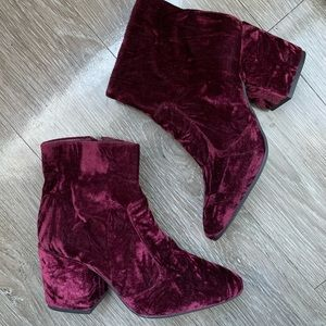 Gianni bono velvet booties